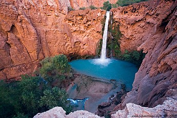 Mooney-Falls.jpg