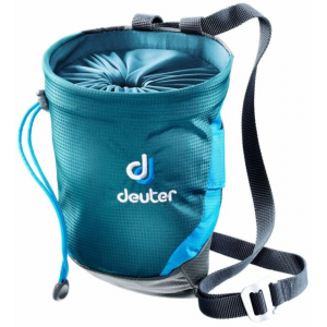 photo of a Deuter chalk bag