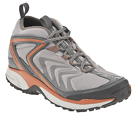 photo: Columbia Women's Ravenice Omni-Tech hiking boot
