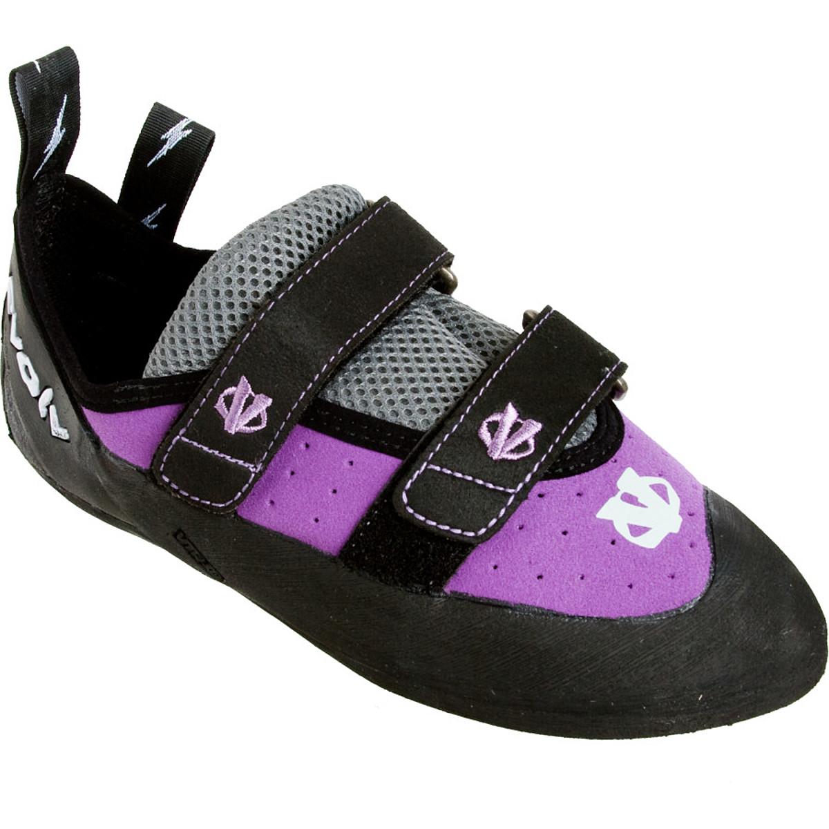 photo: evolv Elektra VTR climbing shoe