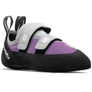 photo: evolv Elektra VTR climbing shoe