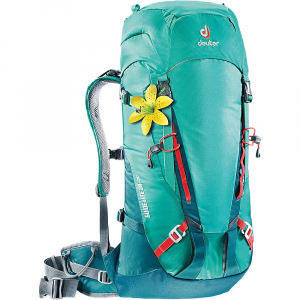 photo: Deuter Guide Lite 28 SL daypack (under 2,000 cu in)
