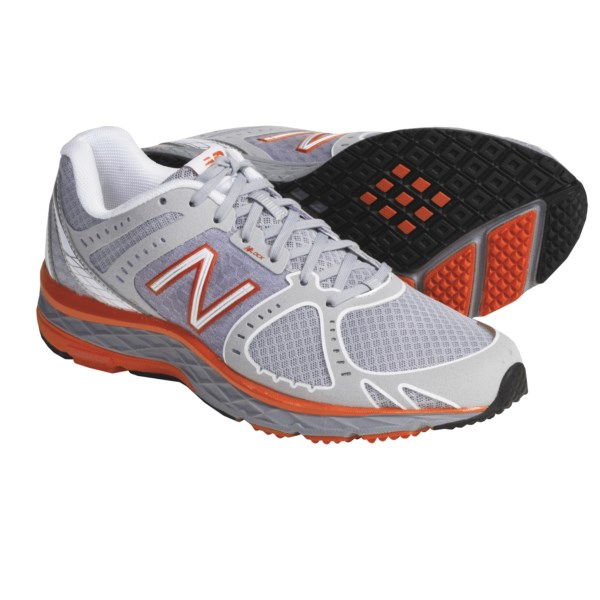 photo: New Balance Women's 790 trail running shoe