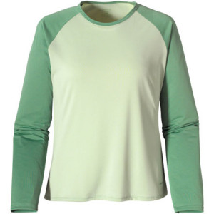 photo: Patagonia Capilene 1 Silkweight Scoop base layer top