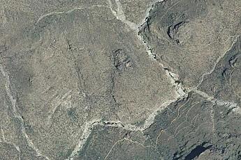 Seven-Falls-area-along-Bear-canyon.jpg