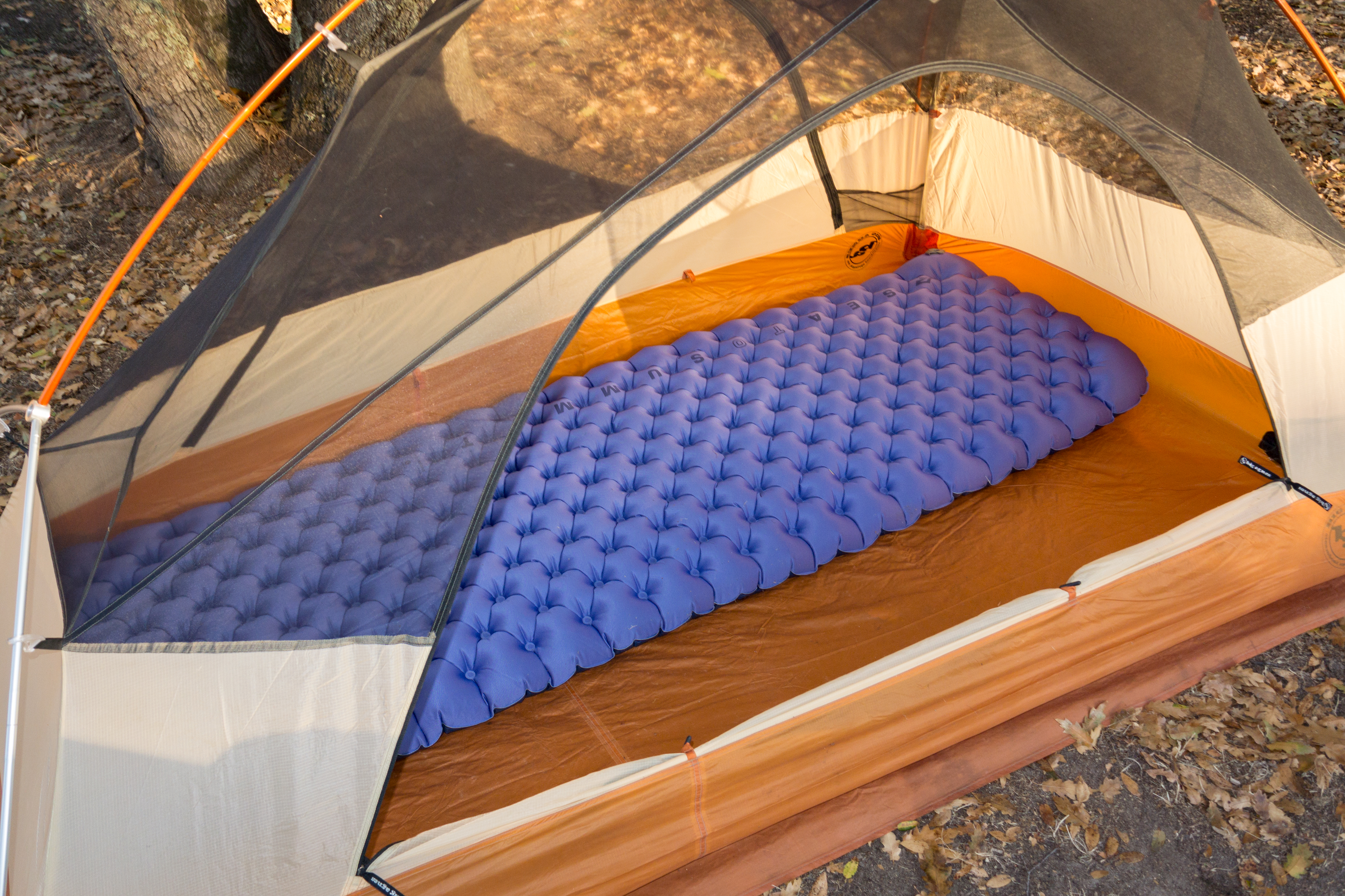 photo: Sea to Summit Comfort Deluxe Insulated Mat air-filled sleeping pad