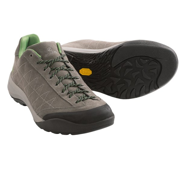 photo: Scarpa Mystic Lite approach shoe