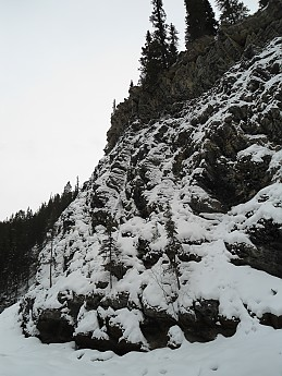 Maligne-Canyon-Old-Fort-Point-28-January