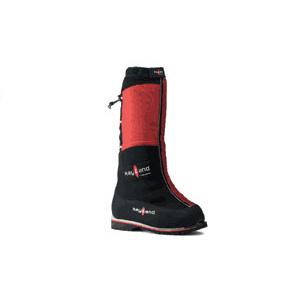 photo: Kayland 8000 mountaineering boot