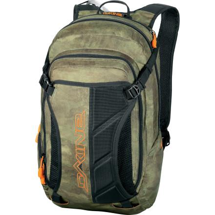 photo: DaKine Apex daypack (under 2,000 cu in)
