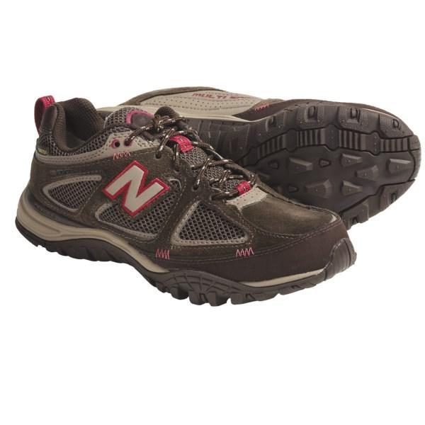 photo: New Balance Women's 900 trail shoe