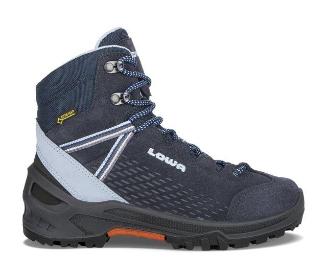 photo: Lowa Arco GTX Mid Jr hiking boot