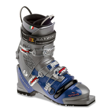photo: Garmont Syner-G telemark boot
