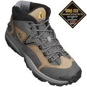 photo: Vasque Talus Mid GTX approach shoe
