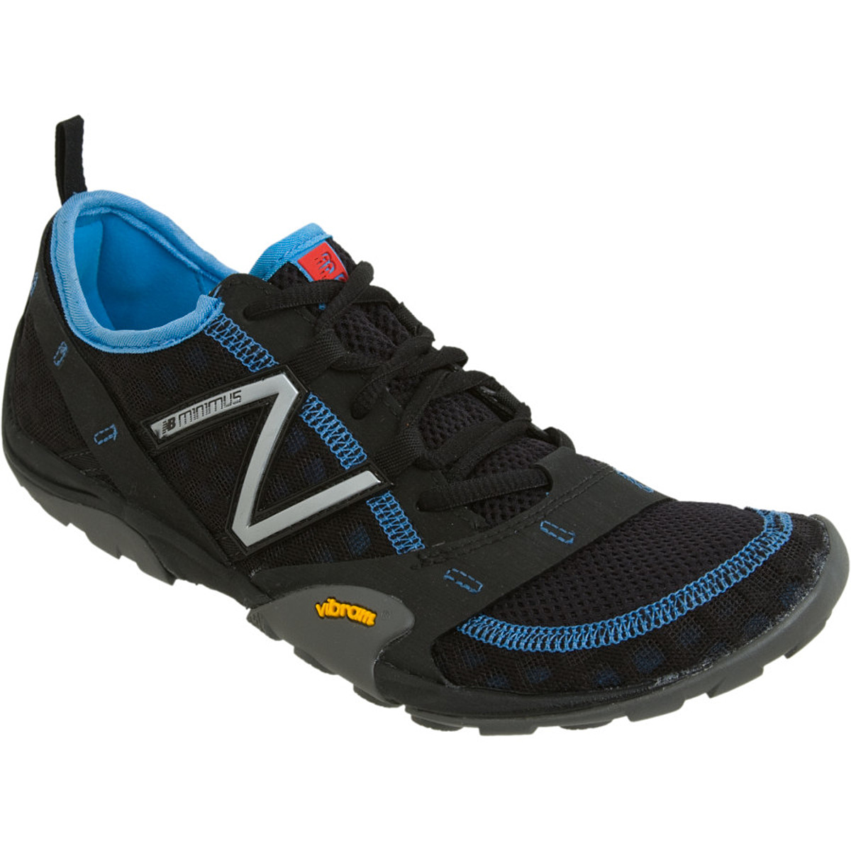 photo: New Balance WT10 trail running shoe