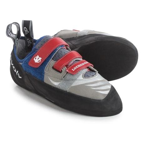 photo: evolv Luchador SC climbing shoe