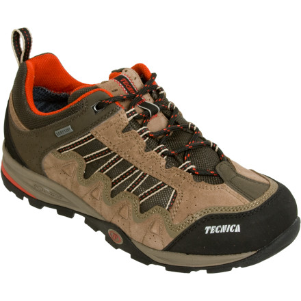 photo: Tecnica Cyclone III GTX Low trail shoe