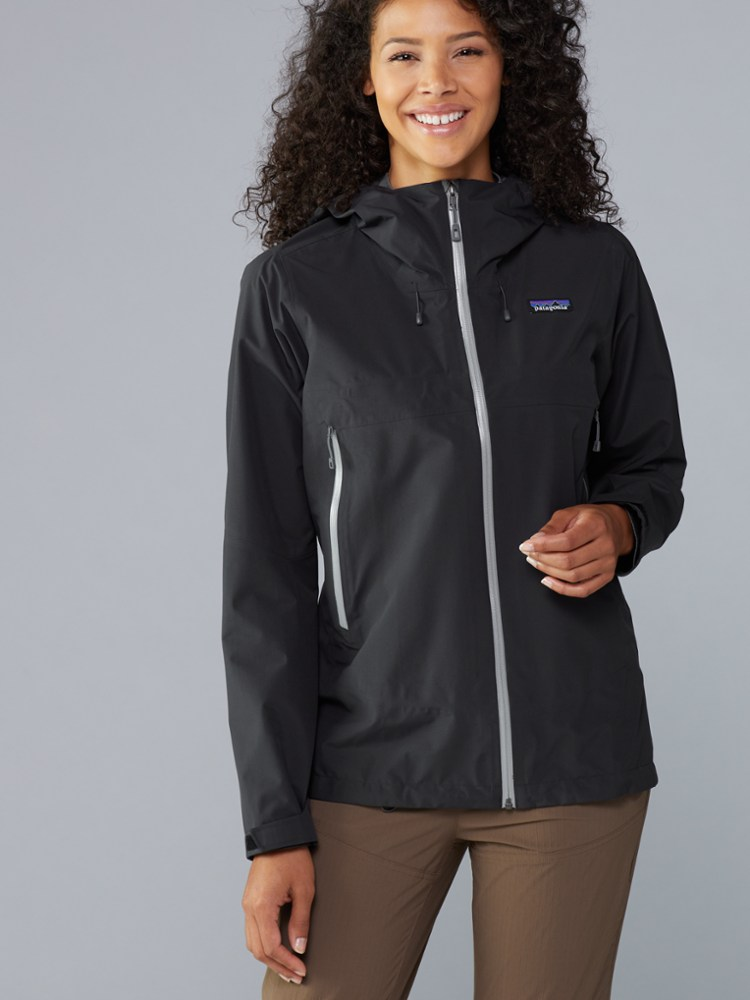 photo: Patagonia Women's Cloud Ridge Jacket waterproof jacket