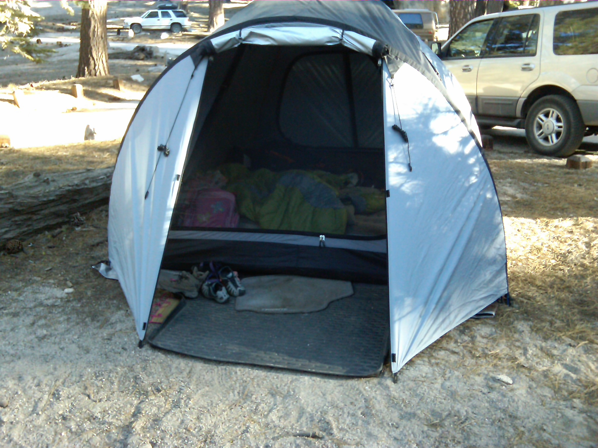 photo: Outbound Mercury Guide 6 tent/shelter
