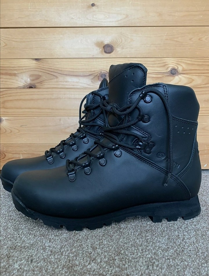 photo: Iturri MTP Patrol Boots backpacking boot