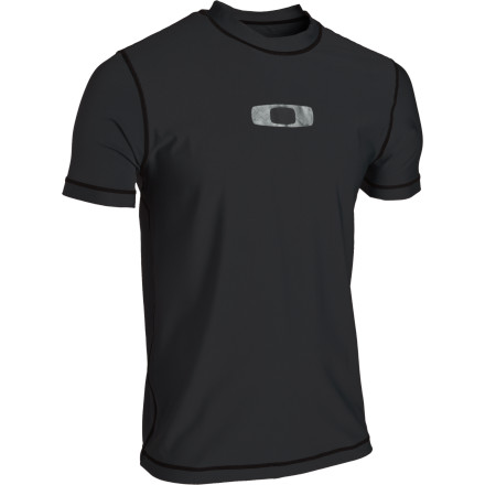 photo: Oakley Square O Rashguard short sleeve rashguard