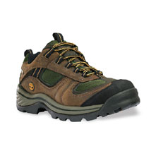 photo: Timberland Chocorua Trail Gore-Tex Low trail shoe