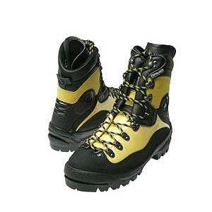 photo: La Sportiva K4S mountaineering boot