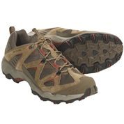 photo: Columbia Men's Pagora trail shoe