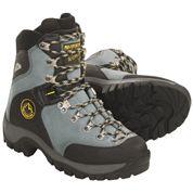 photo: La Sportiva Women's Glacier EVO mountaineering boot