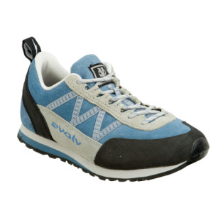 photo: evolv Women's Rex approach shoe