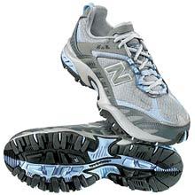 photo: New Balance Women's 606 trail running shoe
