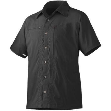 photo: Mountain Hardwear Ravine Short Sleeve Shirt hiking shirt