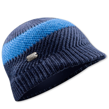 photo: Arc'teryx Billi Brim Hat winter hat