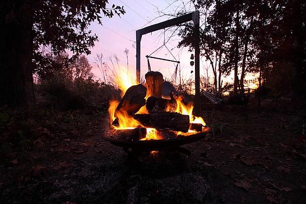 firepit_swing.jpg