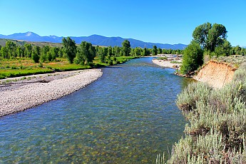 IMG_3043-The-Gros-Ventre-River-flowing-t