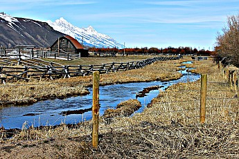 2342-Old-barn-along-Spring-Creek-Road-an