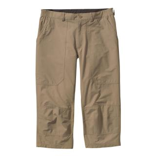 photo: Patagonia Borderless Messenger Capri Short hiking pant