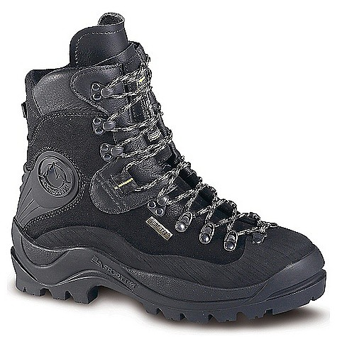 photo: La Sportiva Lhotse GTX mountaineering boot