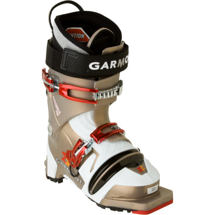 photo: Garmont Athena telemark boot