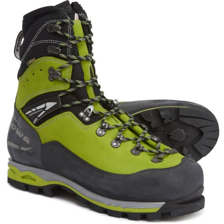 photo: Lowa Weisshorn GTX mountaineering boot