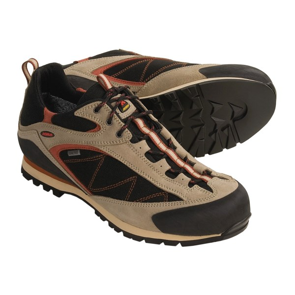 photo: Asolo Boulder GV approach shoe