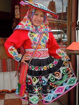 Cholita-Dancer.jpg