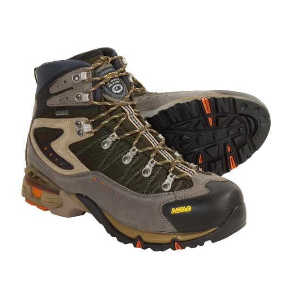 photo: Asolo Revenge GTX hiking boot