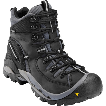 photo: Keen Men's Oregon PCT hiking boot