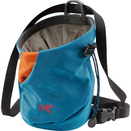 photo: Arc'teryx C50p chalk bag
