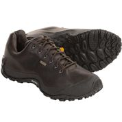 photo: Merrell Chameleon Wrap Traveler Gore-tex XCR trail shoe
