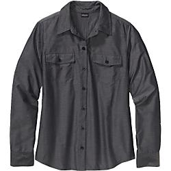 photo: Patagonia Long-Sleeved Overcast Shirt hiking shirt
