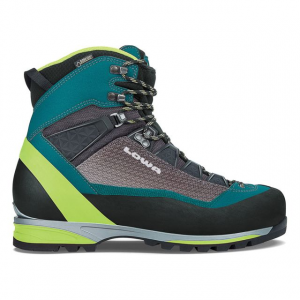 photo: Lowa Alpine Pro GTX mountaineering boot