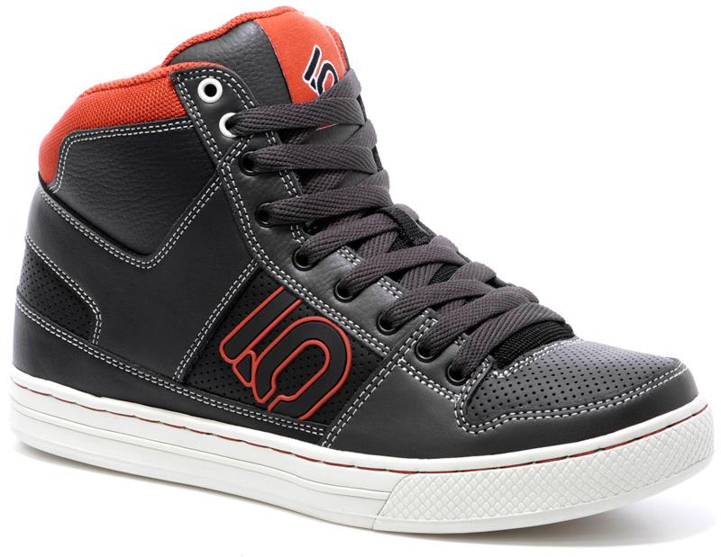photo: Five Ten Line King footwear product