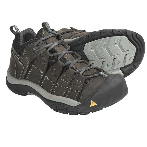 photo: Keen Newport Trail WP trail shoe